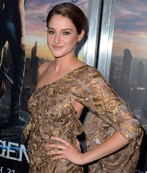 Shailene at the Divergent L.A. premiere