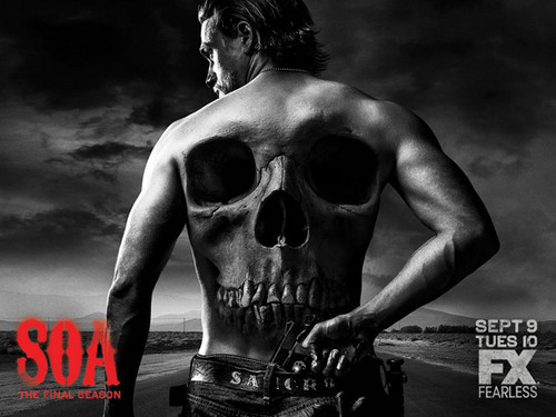 sons of anarchy fondo de pantalla probably containing a pedazo, hunk called Sons of Anarchy Season 7 Poster