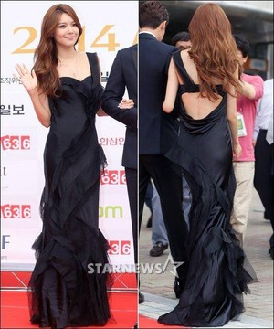 Sooyoung at 2014 Miss Korea Red Carpet