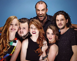Sophie Turner, John Bradley, Rose Leslie, Rory McCann, Maisie Williams, Kit Harington