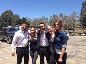Stana,Jon,Seamus and fans-BTS