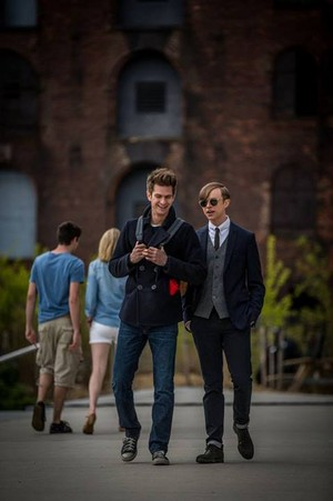 The Amazing Spider-Man 2 - Peter and Harry