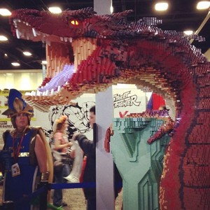 The Hobbit LEGO - Smaug in SDCC 2014