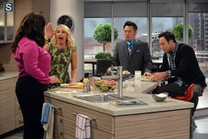 Young and Hungry - Episode 1.01 - Pilot - Promotional foto's