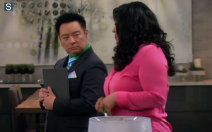 Young and Hungry - Episode 1.02 - Young & Ringless - Promotional 写真