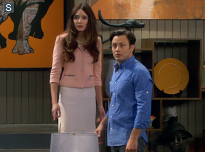Young and Hungry - Episode 1.02 - Young & Ringless - Promotional 사진