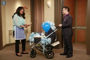 Young and Hungry - Episode 1.04 - Young & Pregnant - Promotional fotografias