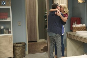 Young and Hungry - Episode 1.06 - Young & Punchy - Promotional fotos