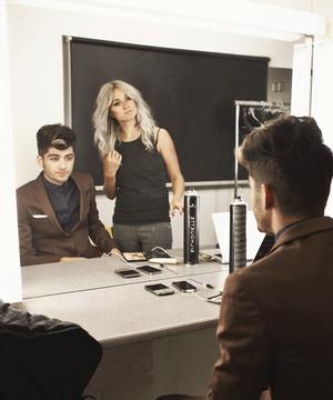 Zayn and Lou < 3