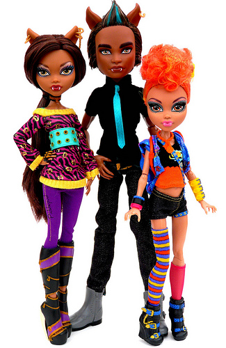 Monster High پیپر وال called brother and sisters