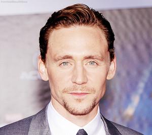 ☆ Tom Hiddleston ☆