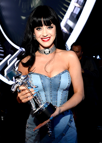 Katy Perry wallpaper titled                VMAs 2014