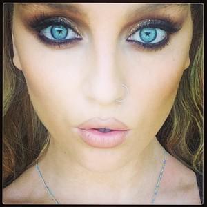 @perrieeeele: Starry eyed