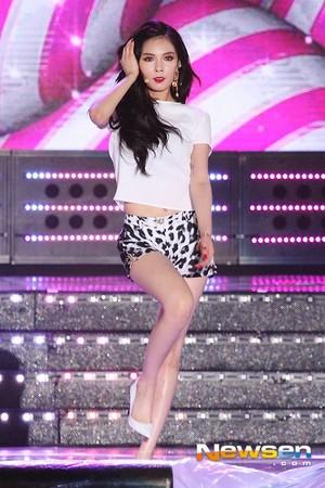 140806 Hyuna Red @ mostra Champion