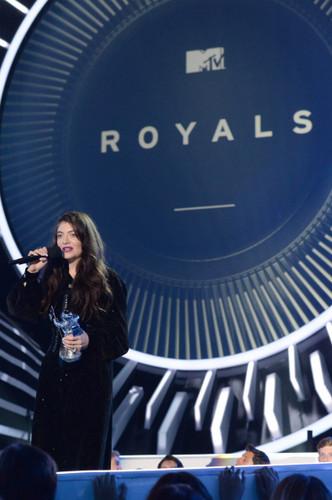 Lorde Обои called 2014 MTV VMAs