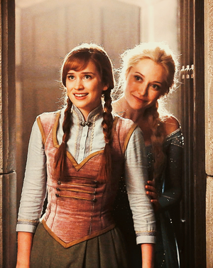 Anna and Elsa in Once Upon a Time