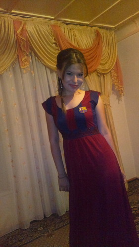 FC Barcelona پیپر وال possibly with a kirtle, چغہ titled BARCA dress
