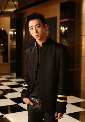 Bang Yong Guk's jacket photo for 4th Japanese single 'Excuse Me'