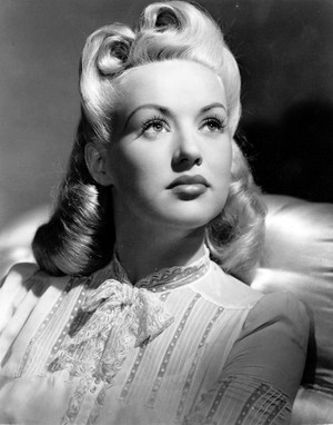 Betty Grable -Elizabeth Ruth Grable( December 18, 1916 – July 2, 1973)