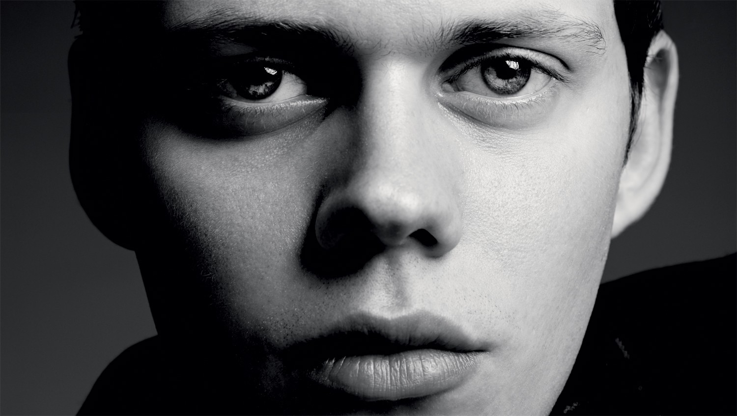 Bill Skarsgård Images Bill Skarsgård Hd Wallpaper And Background