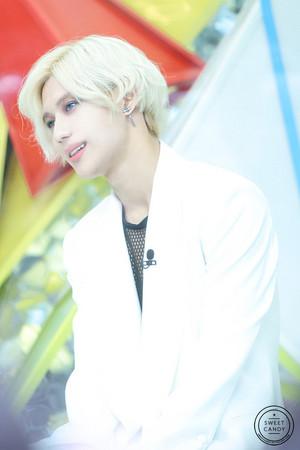 Blonde Hair taemin
