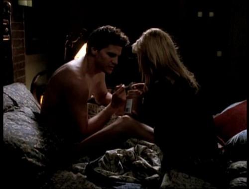 Bangel वॉलपेपर called Buffy and एंजल