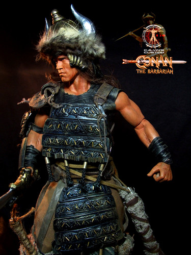Arnold Schwarzenegger Hintergrund with a breastplate, an armor plate, and a fauld titled Calvin's Custom One Sixth scale Arnold Schwarzenegger Conan the Barbarian figure