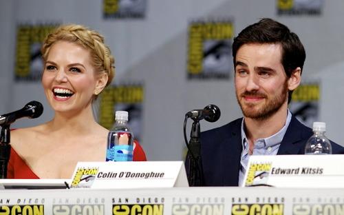 Colin O'Donoghue and Jennifer Morrison - Comic Con 2014 ❤