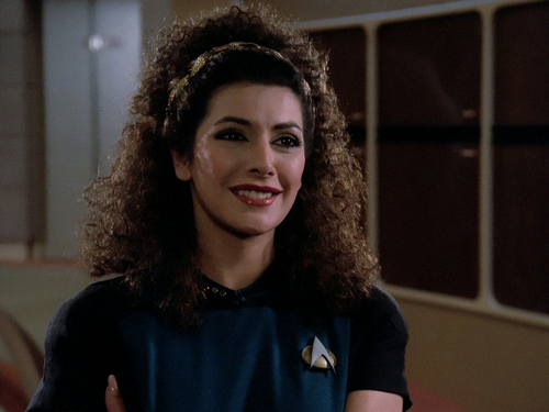bintang Trek-The seterusnya Generation kertas dinding possibly with a portrait entitled Deanna Troi
