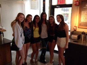 Eleanor with fans in Starbucks in NYC. 03/08/14