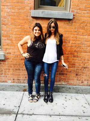Elenaor with a fan | NYC 8.3.14