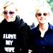 Ellen DeGeneres and Portia de Rossi - ellen-degeneres icon