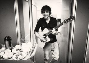Fetus Liam x