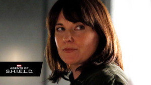 First Look at Lucy Lawless as Isabelle Hartley