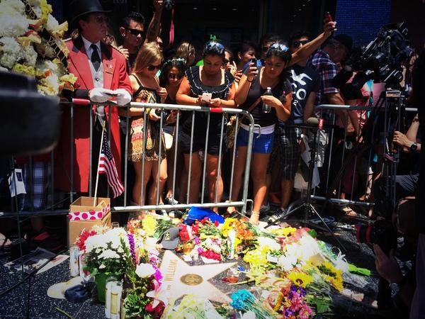 Flowers laid at Robin Williams's Star Walk Of Fame in Hollywood 2014
