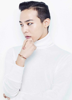 G-Dragon wallpaper possibly containing a portrait entitled G-Dragon - Chow Tai Fook 2014