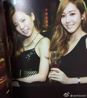 Girls Generation in Las Vegas Photobook (Scan)