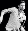 Jensen Ackles ♬ - jensen-ackles photo