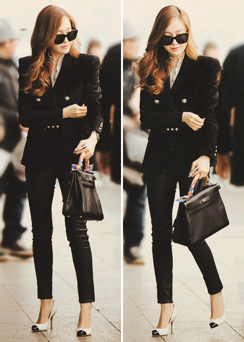 Jessica Snsd Images Jessica 39 S Airport Fashion Wallpaper And Background Photos 37411261
