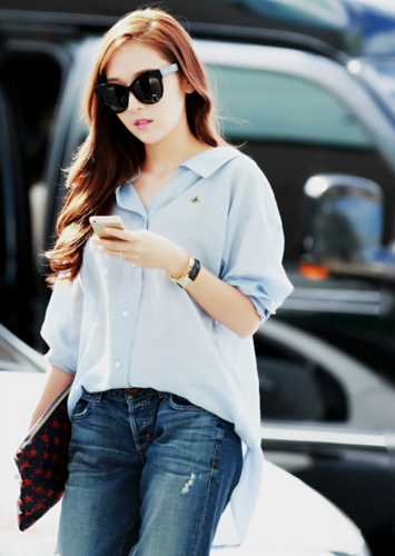 Jessica SNSD images Jessica's Airport Fashion wallpaper ...