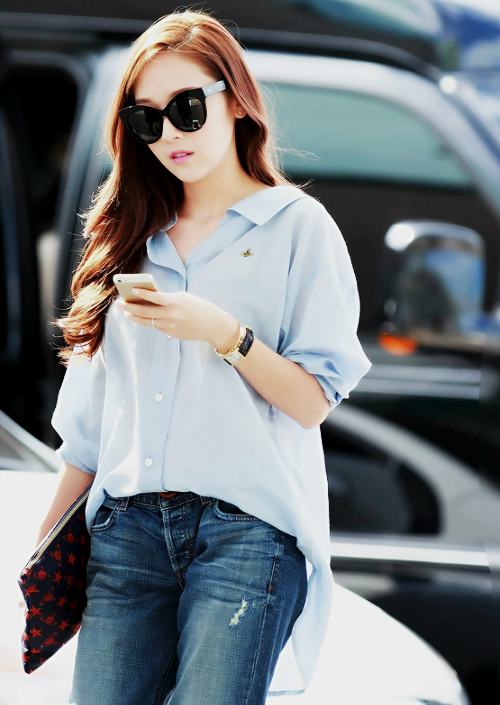 Jessica Snsd Images Jessica 39 S Airport Fashion Wallpaper And Background Photos 37411276