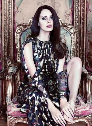 Lana Del Rey Fashion Magzine