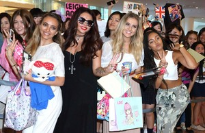 Little Mix Arrive to Tokyo 14.8.14