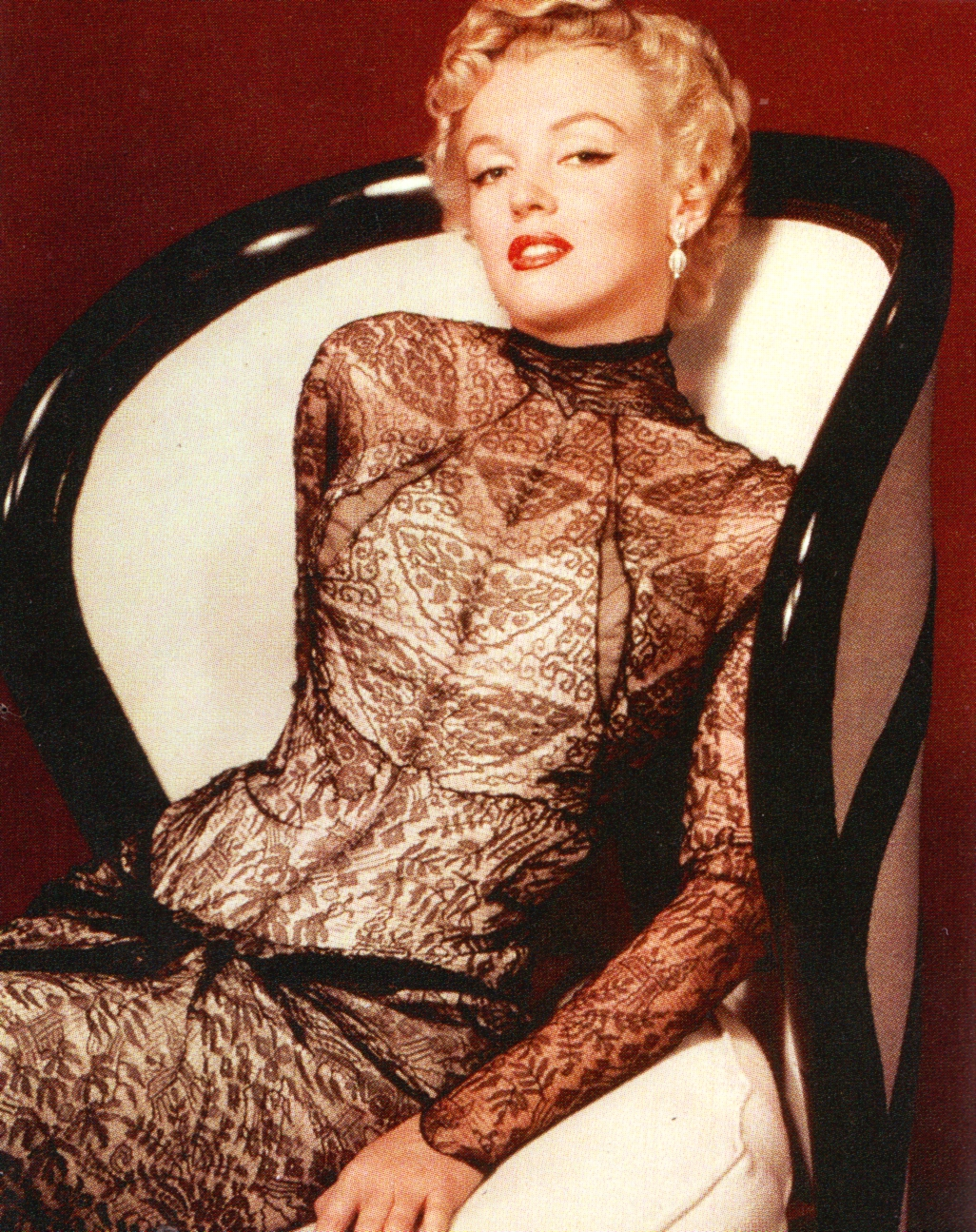 Marilyn Monroes signature style 20 looks that made her a