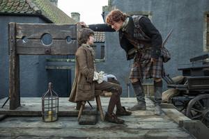 Outlander - 1x03