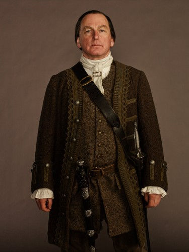 Outlander 2014 TV Series karatasi la kupamba ukuta probably containing a well dressed person titled Outlander - Cast picha