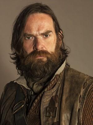 Outlander - Cast चित्र