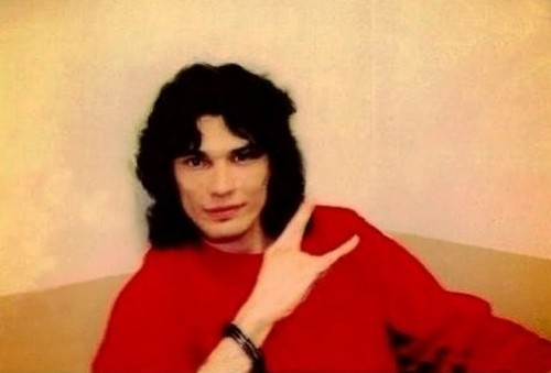 Serial Killers wallpaper possibly with an outerwear, a box coat, and a well dressed person called Richard Ramirez