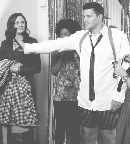 Seeley Booth wallpaper possibly with an outerwear and a surcoat, sobretudo titled Seeley Booth ★