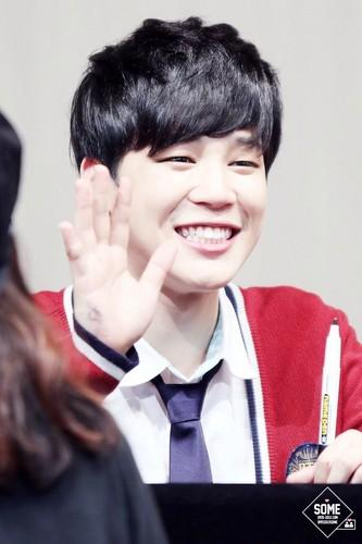 Jimin (BTS) پیپر وال titled Smiling Jimin